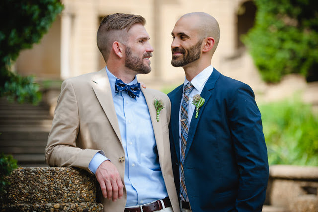 This gay wedding looks better than your average wedding!