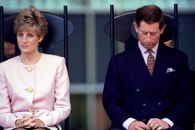 The real reason Queen Elizabeth ordered Princess Diana and Prince Charles to divorce