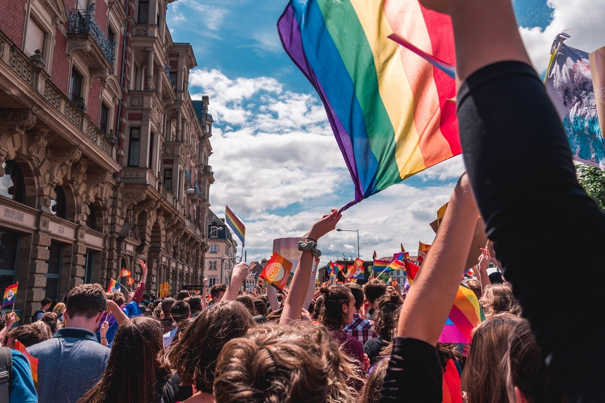 5 years ago, a woman sued all homosexuals on earth