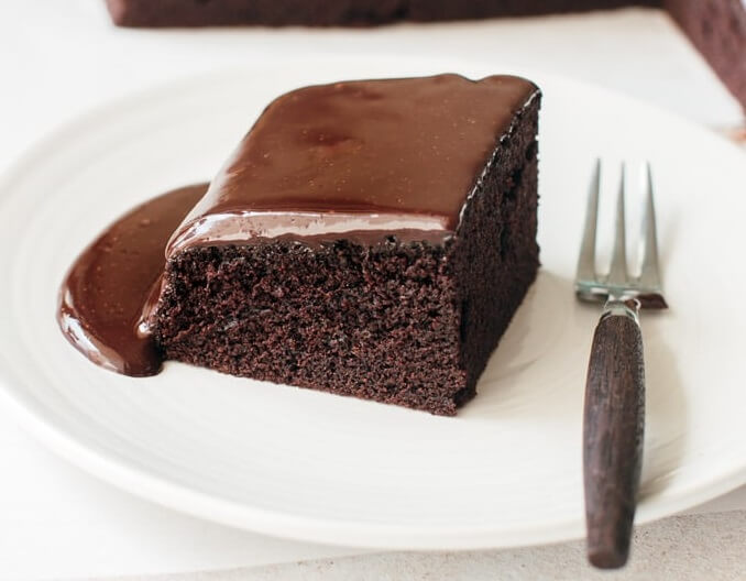 How to make soft and moist chocolate cake in Nigeria