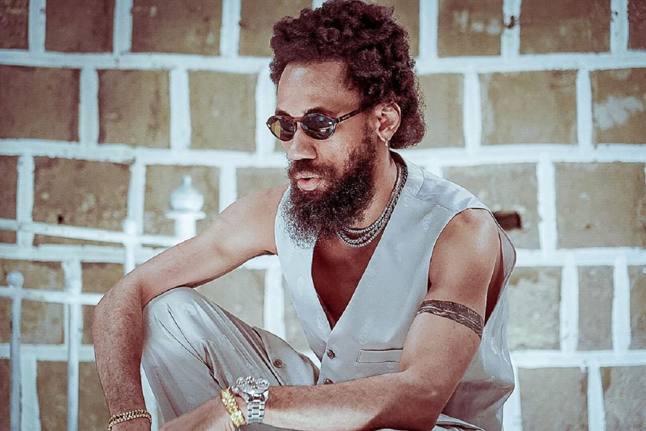 Nigerian singer Phyno debuts new look