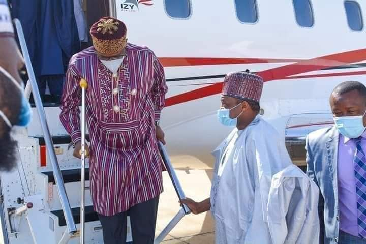 Rotimi Amaechi spotted at the airport walking with crutches