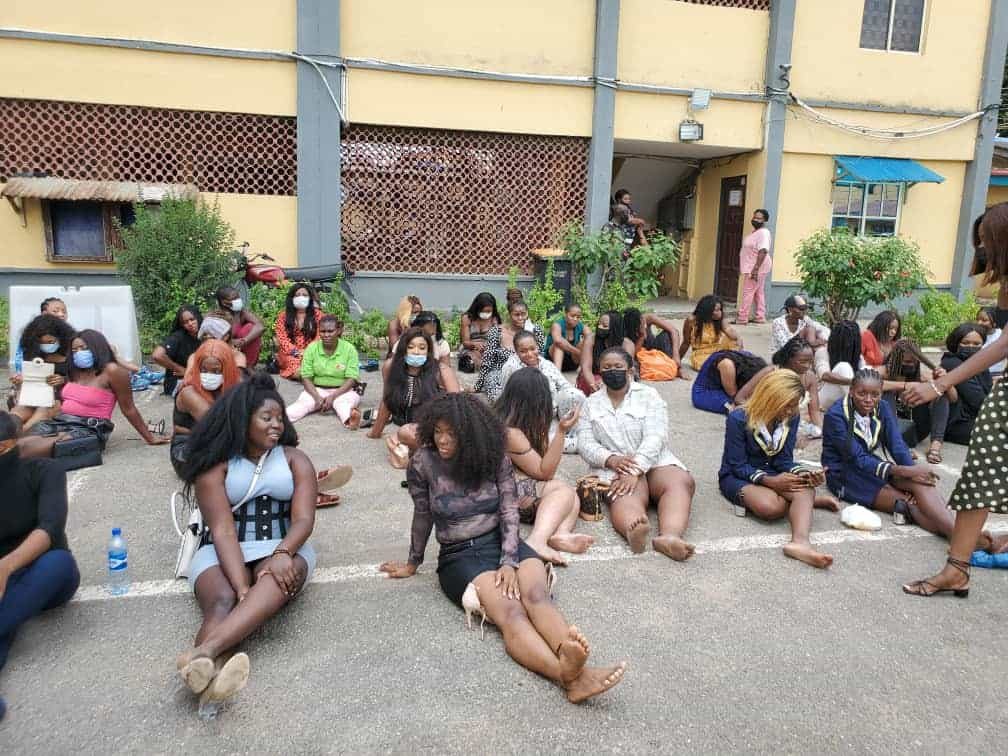 Police raid nightclubs in Lagos, arrest over 200 clubgoers